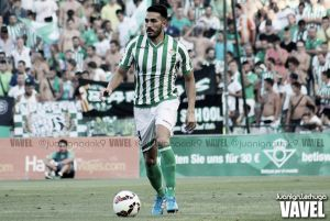 Xavi Torres, principal novedad en el entrenamiento del Real Betis