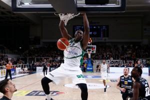Legabasket: Avellino vince anche a Trento e blinda il primo posto