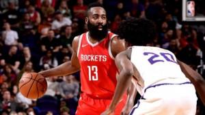NBA - Ciclone Harden (48 punti), Houston a valanga sui Suns