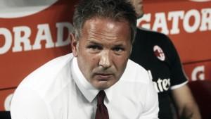 """Il Milan vince a fatica contro il Crotone, Mihajlovic: """"E' sempre la solita storia"""""""
