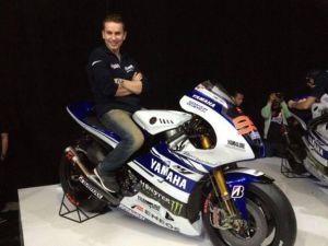 Yamaha M1 2014 presentata a Jakarta