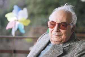 Fallece Yasar Kemal, el escritor turco de origen kurdo