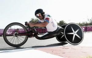 Alex Zanardi non smette di stupire, è ancora oro nell'handbike