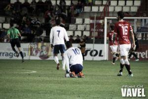 "UE Cornellà - Real Zaragoza B: partido de ""seis"" puntos"