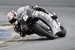 Johann Zarco, el más rápido en Valencia