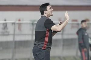 """Zé Ricardo valoriza vitória com gol no fim: """"Conseguimos depois de tanto insistir"""""""