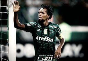 Fim de uma era: Zé Roberto se despede do futebol aos 43 anos