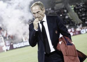 Cagliari, irruzione degli ultrà: aggrediti i calciatori