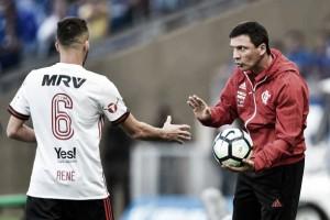 """Zé Ricardo vê empate justo e despista sobre Diego Alves: """"Ninguém me comunicou nada"""""""