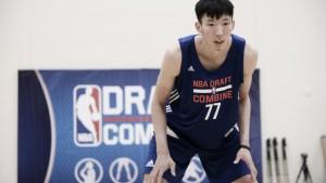 International phenom Zhou Qi signs with Houston Rockets