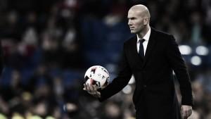 """Real Madrid: l'imperatore Perez incorona il suo """"delfino"""" Zidane"""