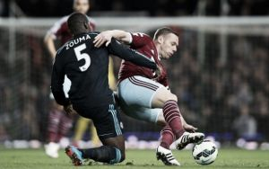 West Ham 0-1 Chelsea: Hazard header wins crucial three points for Blues