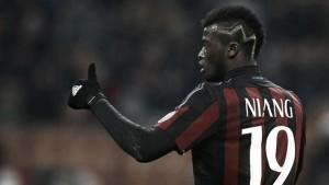 Premiata ditta Bacca - Niang e il Milan strappa l'accesso ai quarti