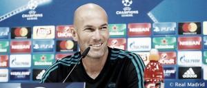 """Zidane: """"Puede ser que nos falte un 9"""""""