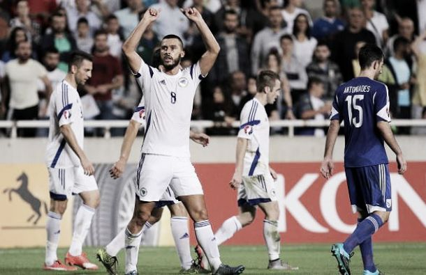 Girone B: Belgio e Galles vincono e sono prima e seconda. Bosnia agli spareggi grazie a Djuric, è 2-3 a Cipro