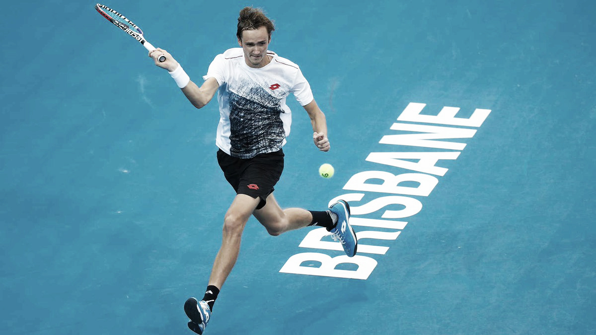 Raonic dispara 29 aces, mas cai para Medvedev nas quartas do ATP 250 de Brisbane