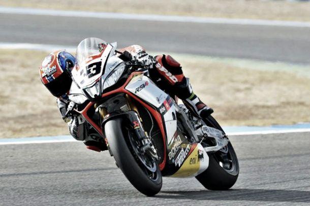 Marco Melandri firma el doblete en Jerez