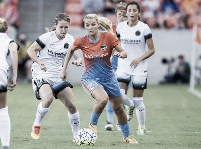 Houston Dash forward Melissa Henderson announces retirement