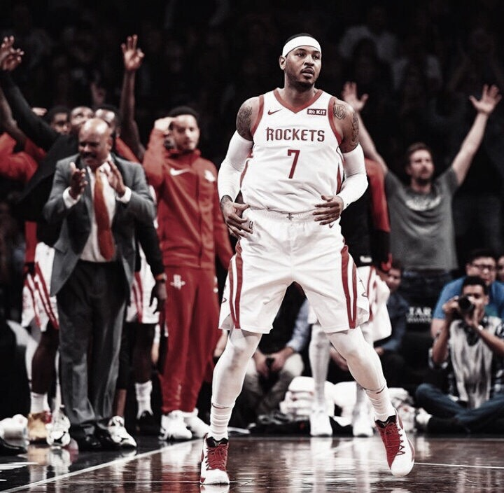 Carmelo Anthony ilusiona en Houston