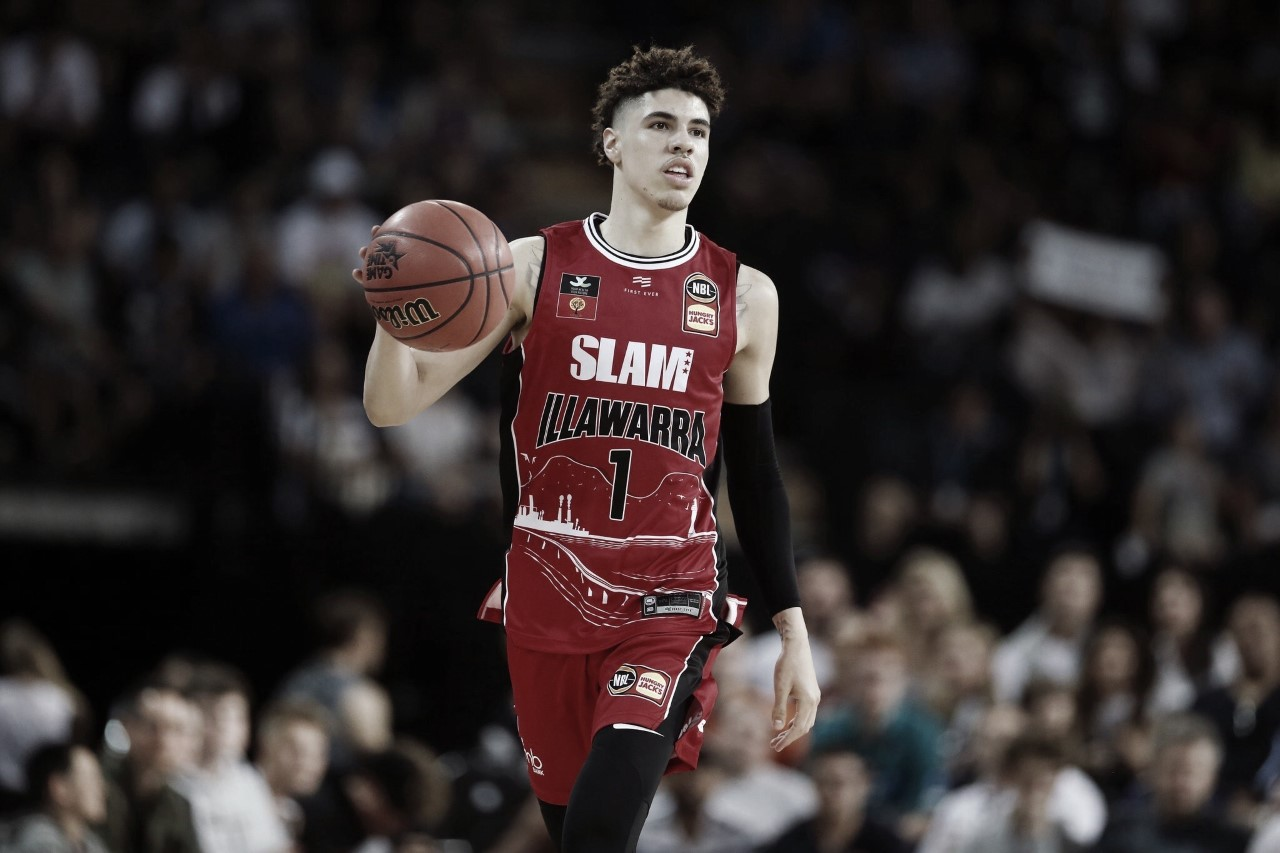 LaMelo Ball to miss four weeks with bruised foot