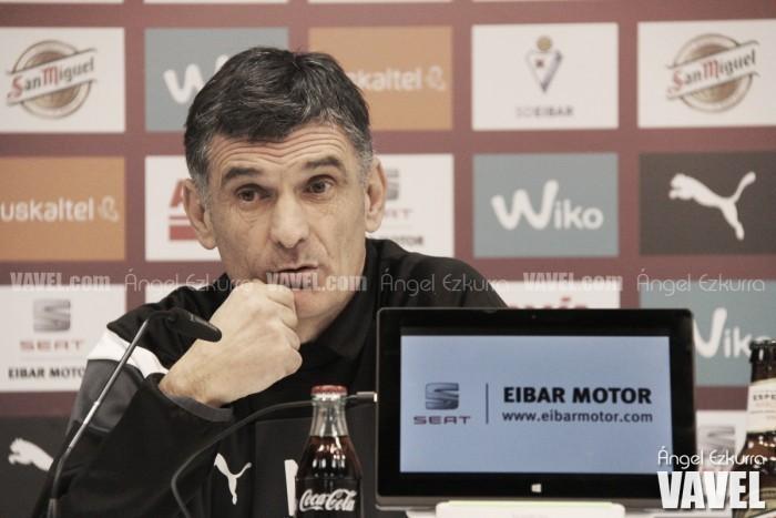 """Mendilibar: """"El Barcelona tiene presión, pero juega bien con ella"""""""