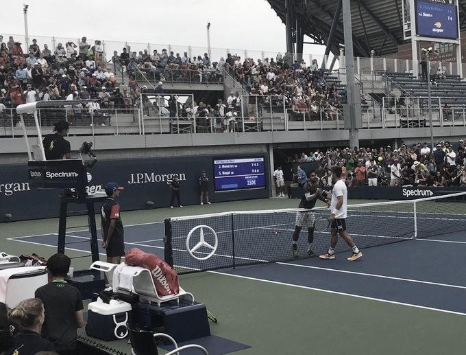 Menezes desperdiça boa vantagem e cai para Nagal na última rodada do quali do US Open