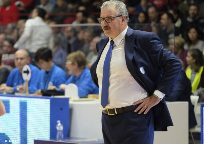 Meo Sacchetti un Normal Man come CT del Basket italiano