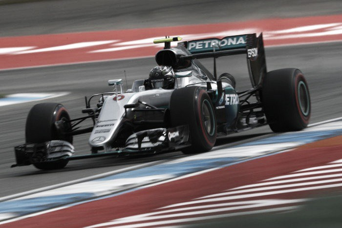 German Grand Prix - Qualifying: Rosberg overcomes technical problems to grab pole
