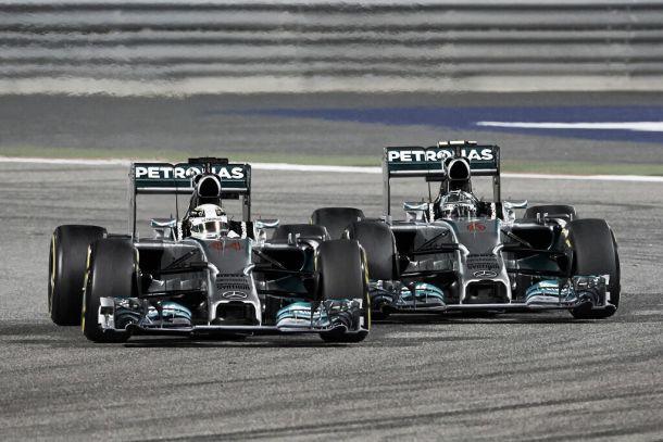 Separação de componentes no motor da Mercedes pode explicar a sua superioridade