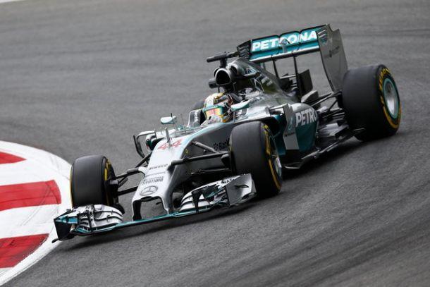 F1 Gp d'Austria: Mercedes amministra e torna in alto