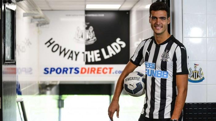 Mikel Merino llega cedido al Newcastle