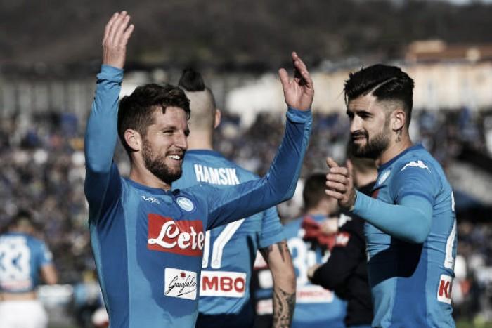 Com gol de Mertens, Napoli bate Atalanta fora de casa e segue líder da Serie A
