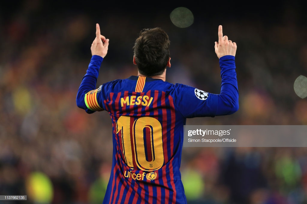 Barcelona 3 (4) - (0) 0 Man United: Messi magic eases Barca through