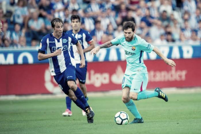 Barcelona sofreu para vencer o Alavés em jogo polémico
