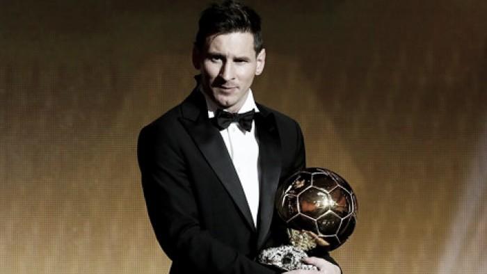 Leo Messi vince il suo quinto Pallone d'Oro, Luis Enrique miglior allenatore dell'anno