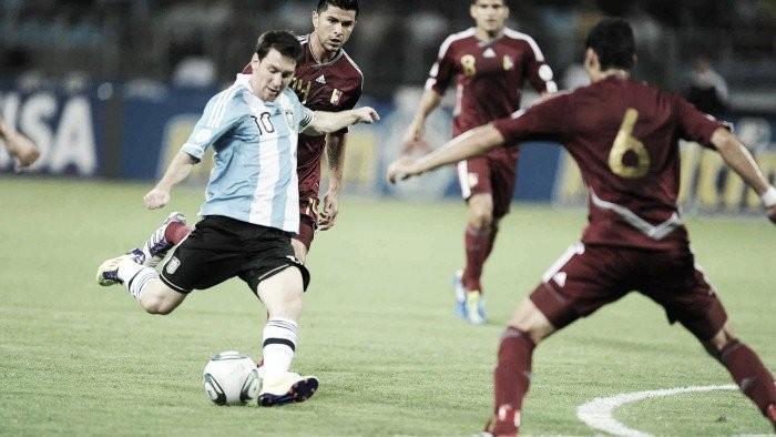 Favorita Argentina encara surpreendente Venezuela pelas quartas da Copa América Centenário