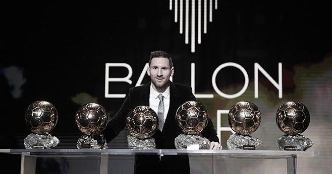 Seis vezes Messi: argentino conquista a Bola de Ouro e entra para história