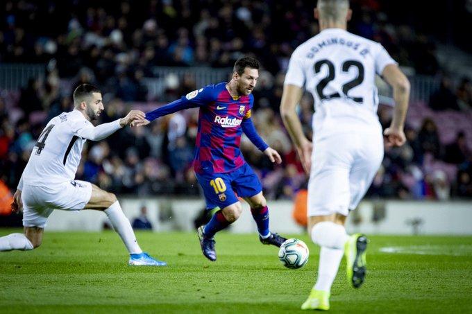 Messi amarga la visita del Granada CF al Camp Nou