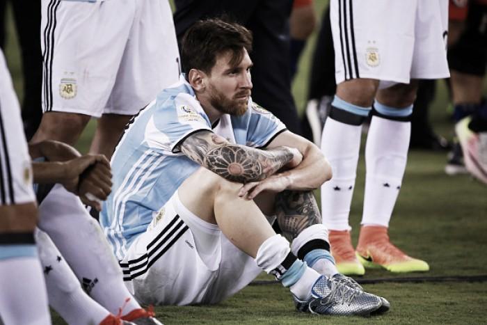 """Messi admite que pensa em aposentadoria da Argentina: """"Acabou a seleção para mim"""""""