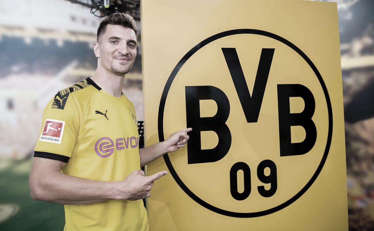 Borussia Dortmund contrata lateral belga Thomas Meunier - VAVEL Brasil