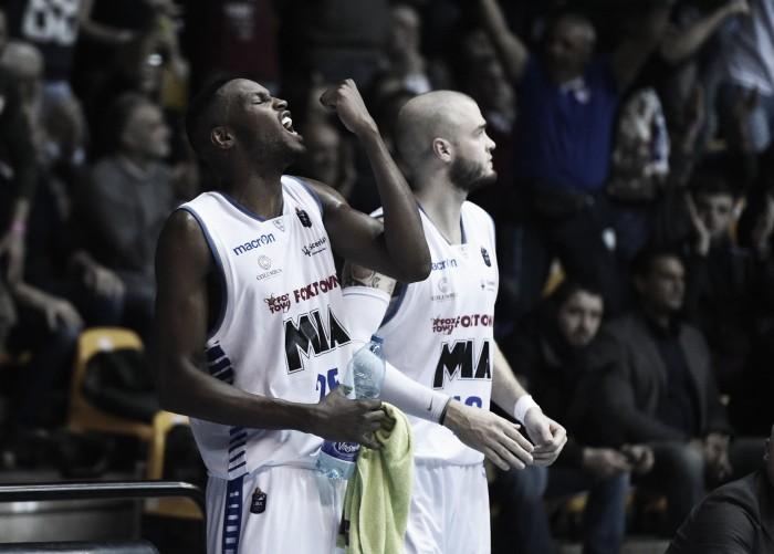 LegaBasket Serie A - Cantù, la cura Recalcati funziona, Reggio abbattuta 98-83