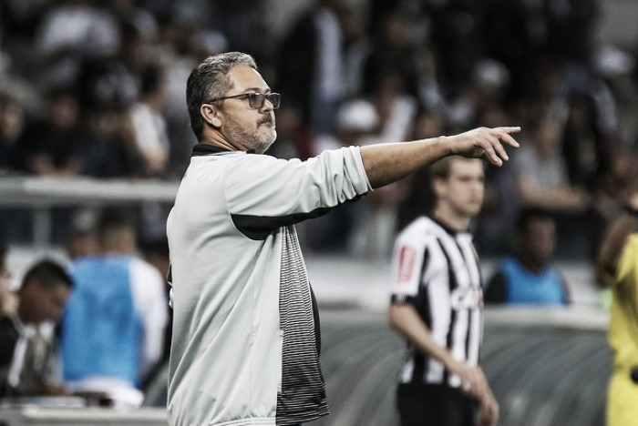 Após derrota, Micale reafirma confiança no Atlético-MG e exalta qualidade do Corinthians