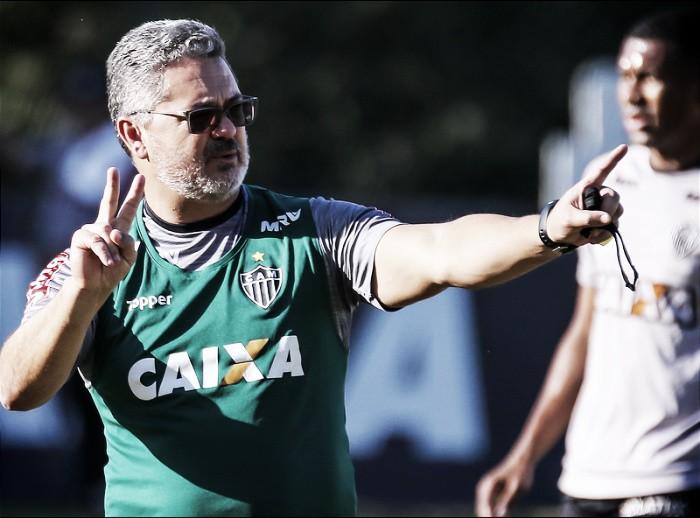 Atlético-MG relaciona 27 atletas para partida contra Grêmio em Porto Alegre