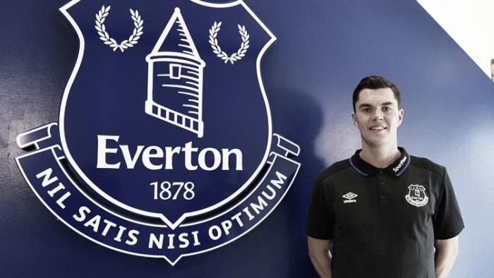 Michael Keane deja el Burnley