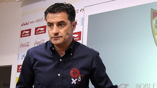 """Míchel: """"Tenemos que entender entre todos lo que interesa para el club, necesitamos a la afición"""""""