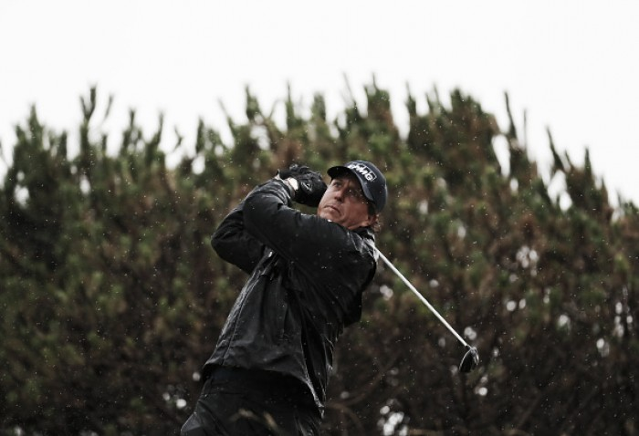 The Open: Mickelson continues to impress, and moves to -10 through two rounds