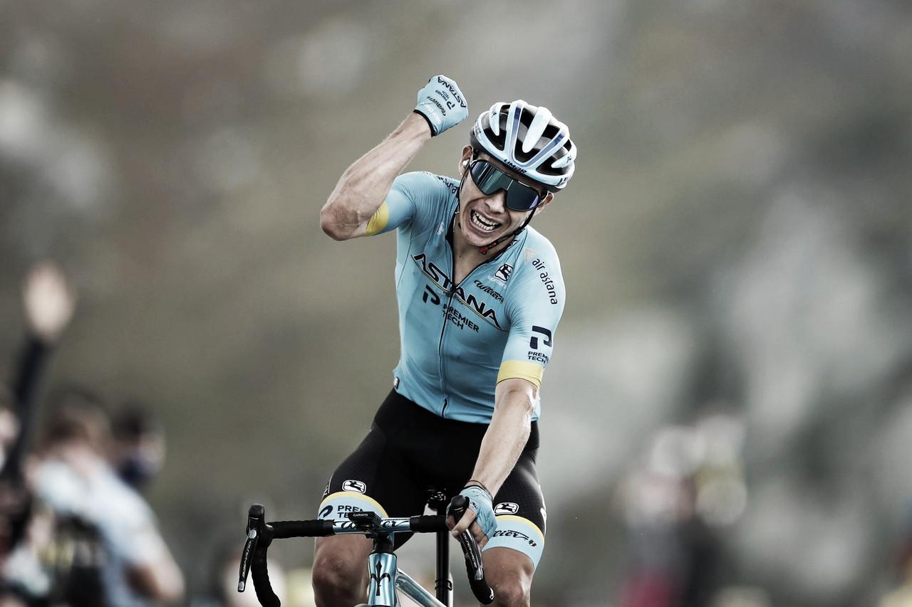 Con su victoria en el Tour de Francia, a Miguel Ángel López tan solo le falta ganar en el Giro de Italia para lograr un triunfo de etapa en cada una de las tres grandes vueltas. Imagen de @AstanaTeam (extraída de @GettySport)