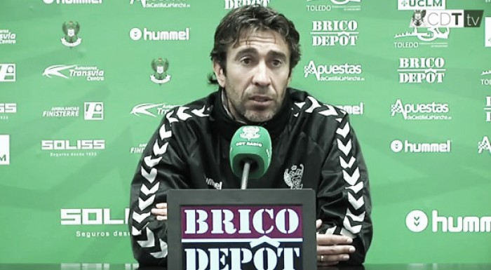 """Miguel Falcón: """"Me está sorprendiendo el nivel al que han venido los nuevos fichajes"""""""