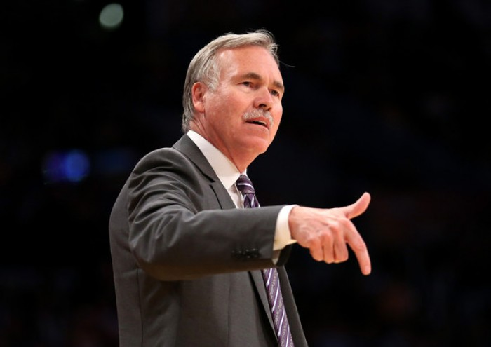 NBA - Rockets, la panchina è un rompicapo