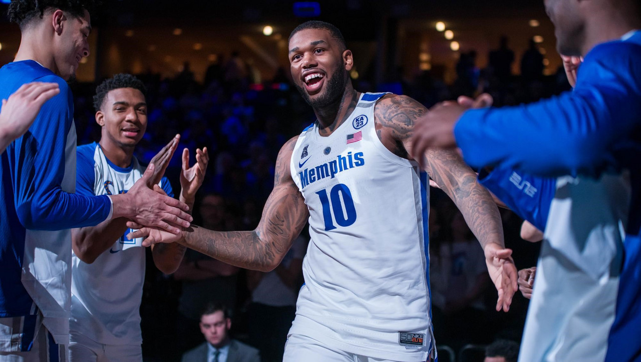 Worcester Wolves sign NBA G-League Draftee Mike Parks Jr